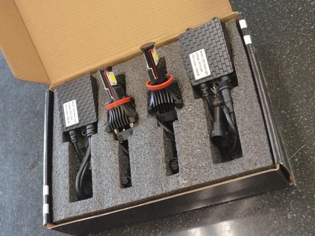 スティーラジャパン LEDヘッドライトシステム H11 1800ルーメンス 12V/24V