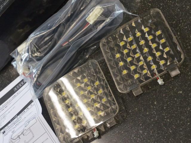 スティーラジャパン 増設LEDラゲッジ照明 20系アルファード ヴェルファイア