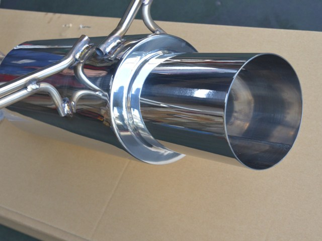 AMC ステンレス製砲弾スタイルワゴンマフラー ルネッサ N30